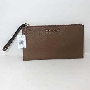 Michael Kora Chestnut Zipper Leather Wristlet